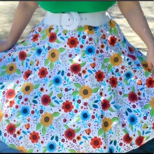 Heart of Haute Pinup Twirl Skirt 2X Flowers Colors
